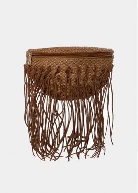 Straw belt bag with fringes in brown