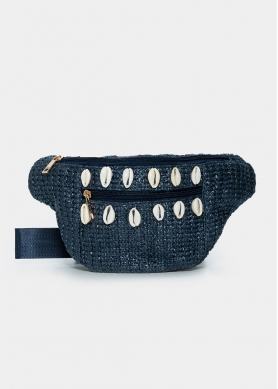 Straw belt bag with shells in navy blue